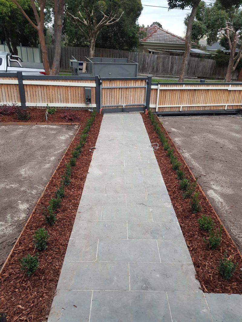 Jays Gardening Garden Makeover Mulching and Edging Furst