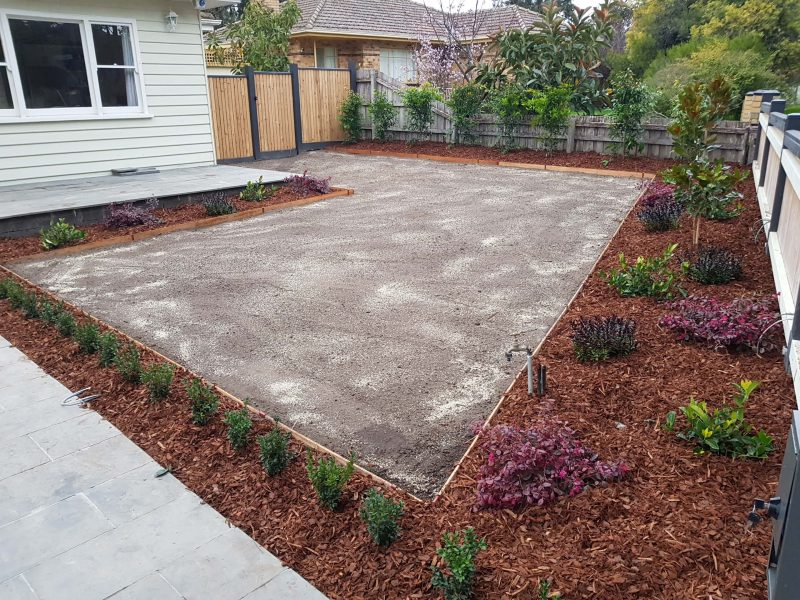 Jays Gardening Garden makeover with edging Furst